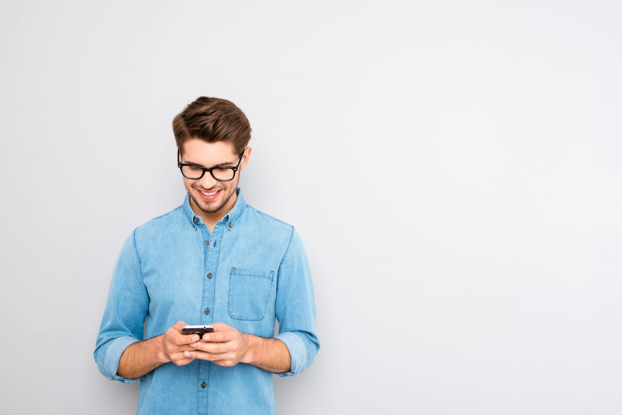 5 Tips on Improving Marketing SMS Engagement [Free SMS Checklist]